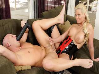 Pegging - Einem Strap-On Love Story Christian XXX & Phoenix Marie