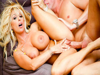 MILF Anbeten #06 Holly Halston & Mark Wood