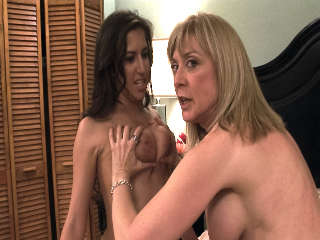 BTS-Lesbian Hitchhiker #04 April O ' Neil & Nina Hartley