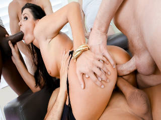MILF-Next-Door Indiens DP Gang Bang